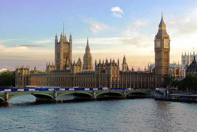 640px-Parliament_at_Sunset